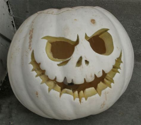 jack white pumpkin carving axeetech