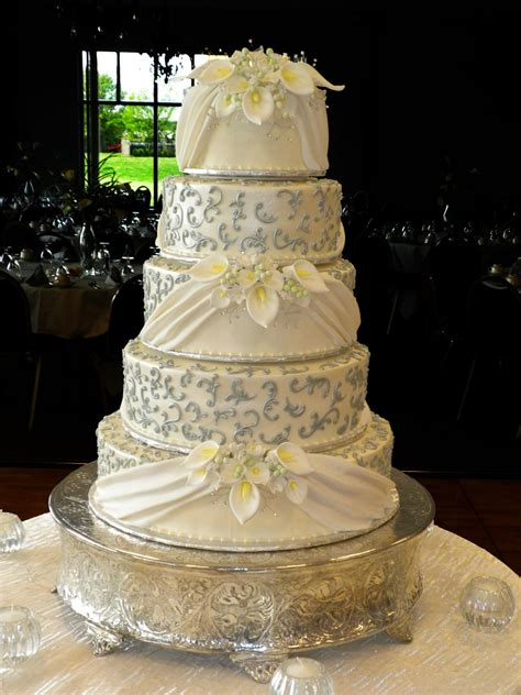 cakes sugar showcase