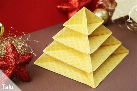 faltanleitung tannenbaum origami tannenbaum falten anleitung zum basteln mit