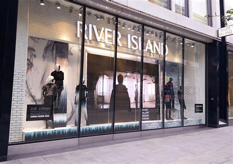 digital window videos retail led screens fonix led bespoke store window screens