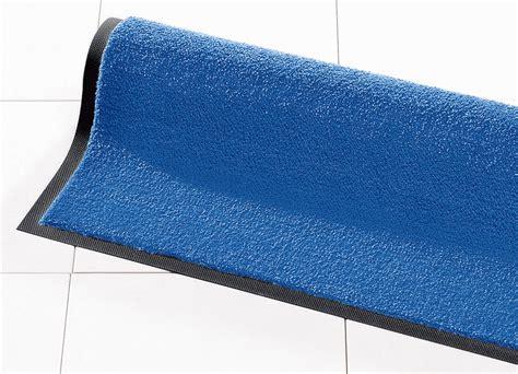 schmutzfang matte schmutzfangmatten f 252 r innen und au 223 en teppiche bader