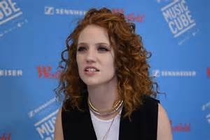 i want to buy my first house jess glynne i had an amazing year now i want to buy a house celebrity news