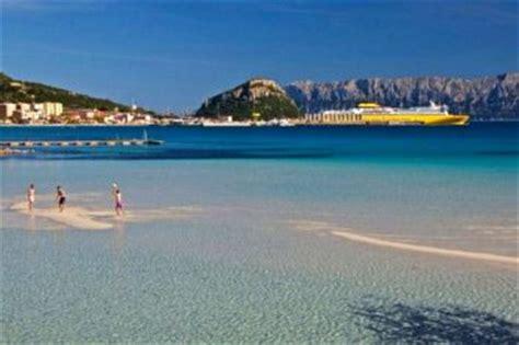 ferry civitavecchia porto vecchio corsica sardinia ferries una storia marittima lunga mezzo