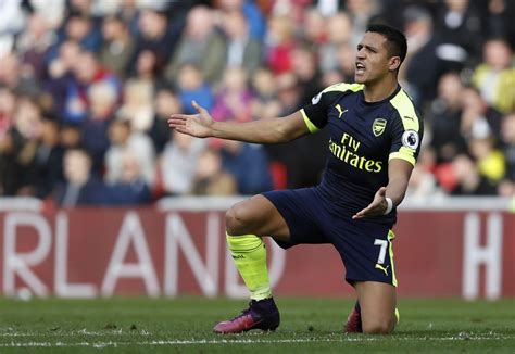 alexis sanchez inter inter milan seeking arsenal superstar alexis sanchez zipfm