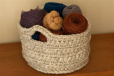 crochet pattern for yarn basket crochet in color september 2012