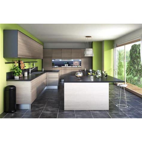 Incroyable Deco Salon Et Cuisine Ouverte #5: grande-cuisine-ouverte-de-type-americaine-753-600-600-F.jpg