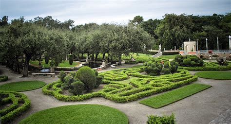 Vizcaya Gardens by The And Wonderful Vizcaya 171 Thephotogardenbee