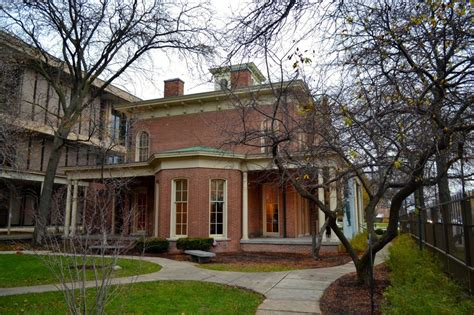 Hull House Chicago by The Best Things To Do See In Chicago S Italy