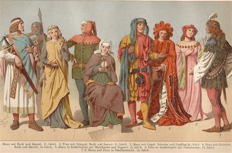 modee kleider kleidung im mittelalter