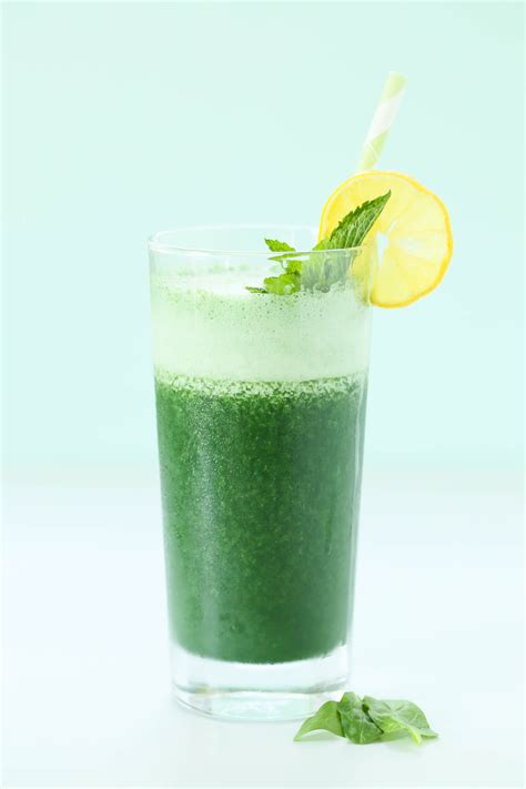 Will A Whole Detox Make My Seman Taste Better by Detox Spirulina Smoothie