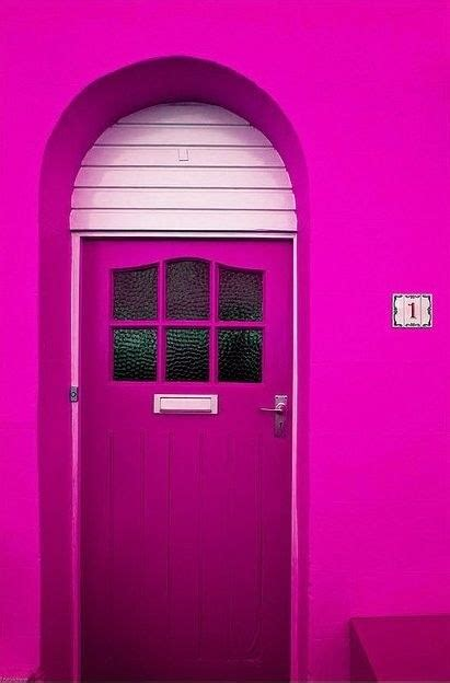 what colors make fuschia what are the differences between the colors pink