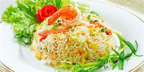 nasi goreng udang jagung manis penyajian makanan resep masakan indonesia resep masakan