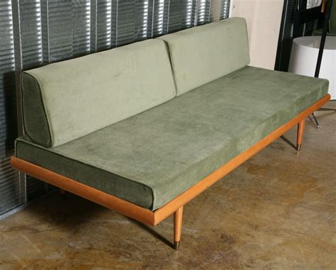 pair of cool blond daybeds at 1stdibs 50 s scandinavian style sofa daybeds at 1stdibs