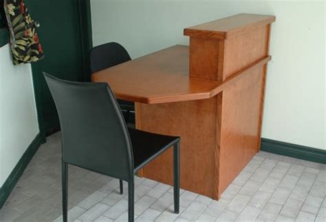 Small Receptionist Desk Best 25 Small Reception Desk Ideas On Salon Reception Area Office Partitions And
