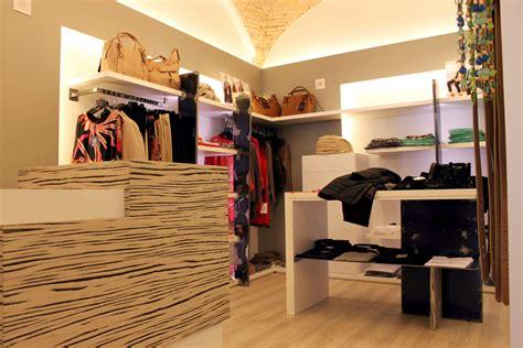 primo arredamenti negozi arredamento negozio abbigliamento moderno dragtime for