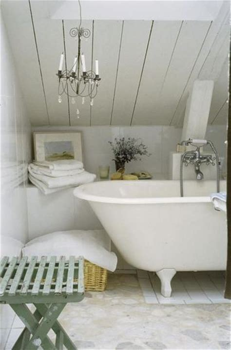 bathroom  ceiling martine romantic life style http