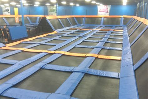 sky zone plymouth hours kennesaw owls out