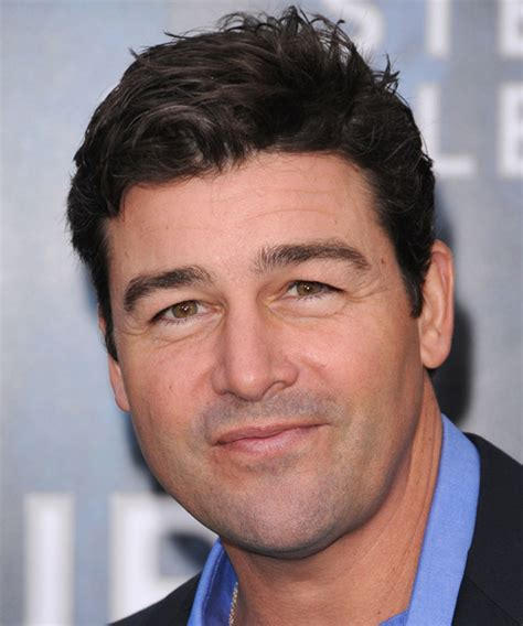 Kyle Chandler Short Straight Casual Hairstyle   Dark
