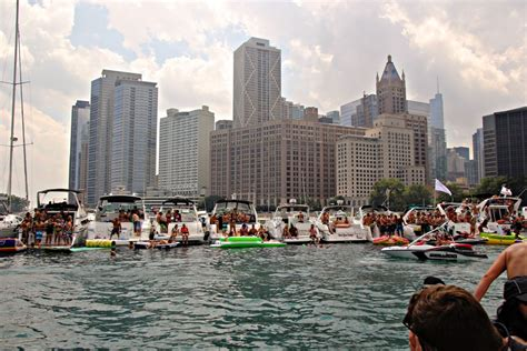 party boat chicago chicago scene boat party charter boats available