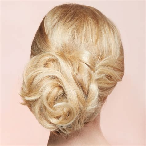 the essential guide to of the hairstyles martha stewart weddings