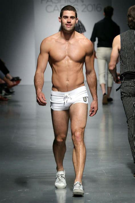 desfile de ropa interior masculina men s underwear swimwear runway show chad white runway