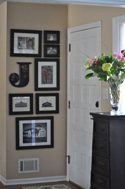 Small Gallery Wall Idea