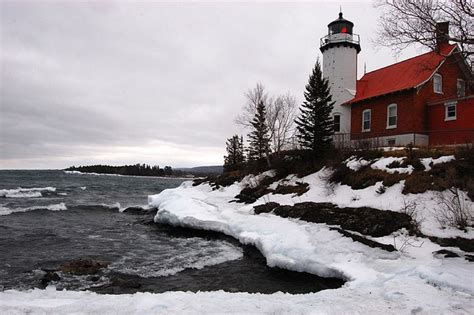Coastal Harbour Detox by 1000 Images About Lighthouses On Islands
