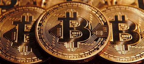cryptocurrency ultimate beginner s guide on mining investing and trading in blockchain investing into bitcoin ethereum and litecoin books bitcoin ethereum and cryptocurrency ultimate beginner s