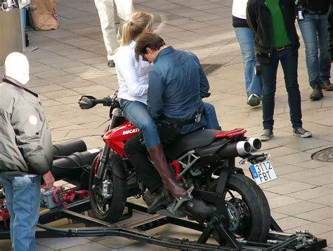film tom cruise und cameron diaz tom cruise cameron diaz film quot knight and day quot zimbio