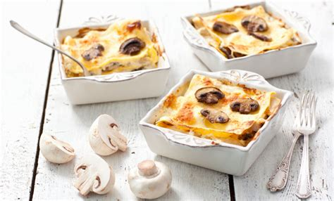 come cucinare i primi piatti primi piatti con i funghi 10 ricette leitv
