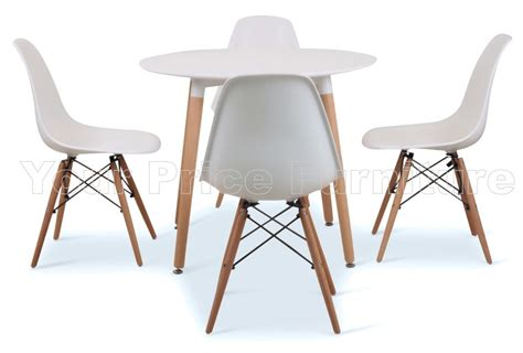 small white table and chairs buying the small table and chairs blogbeen