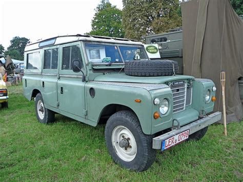 old land rover classic land rovers