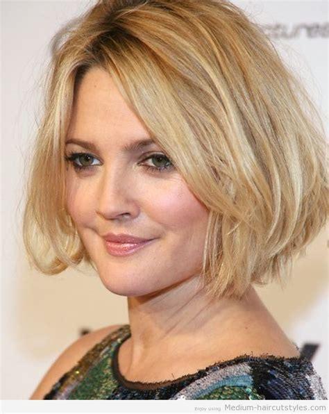 medium haircuts for thick hair 2013 samaire armstrong medium haircut