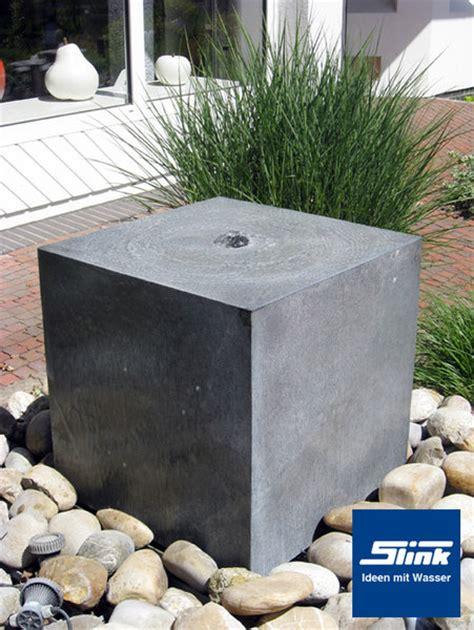 Gartenbrunnen Stein Modern by Gartenbrunnen Zink Kubus Shop Wasserspiele