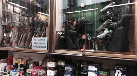 porto d armi costi quot buongiorno quanto costa un revolver quot nei negozi di