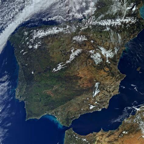 imagenes sorprendentes vistas desde el satelite espa 241 a y portugal desde el espacio a 1 de marzo de 2016