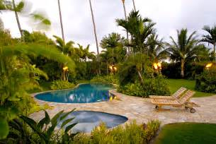 feminine front yard landscaping ideas tropical for