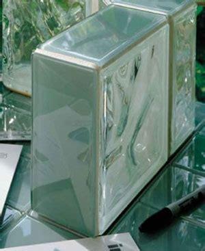desain rumah minimalis  glass block