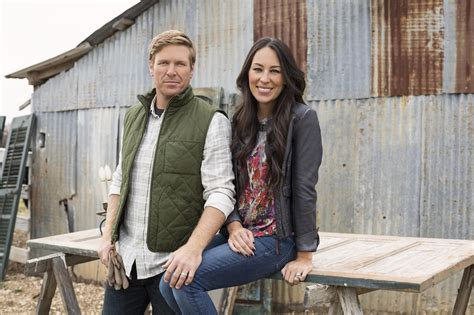 chip and joanna gaines announce departure from hgtv s