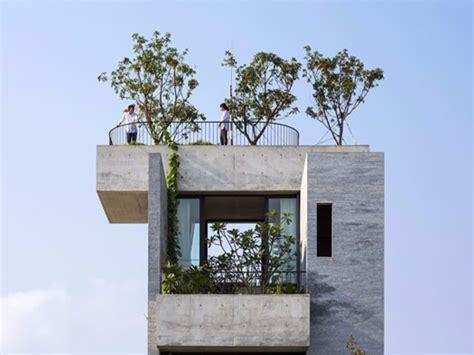 balconi e terrazze casa binh terrazze e balconi alberi e calcestruzzo