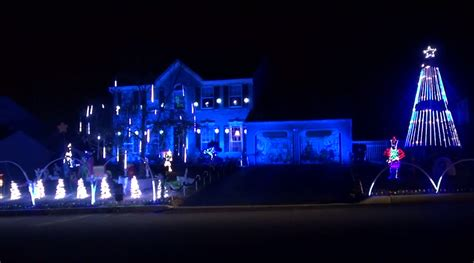 distraction of the day penn state christmas light show