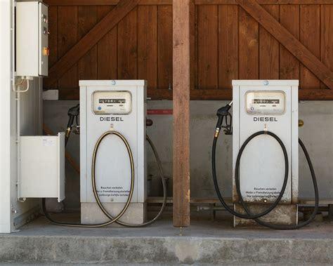 Was Tankt Mein Auto by Wieso Kann Ich Kein Benzin In Ein Diesel Auto Tanken