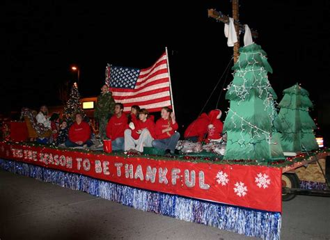 christmas themes for groups lighted christmas parade float ideas youth group