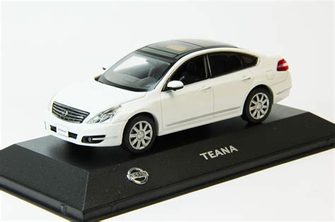nissan teana 2009 silver nissan teana 2009 white j collection масштабные модели