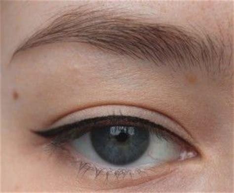 eyeliner tutorial thin best 25 eyeliner ideas on pinterest eyeliner tutorial