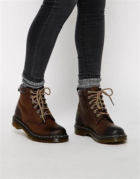 fashionable hiking boots 25 best hiking boots ideas on hiking