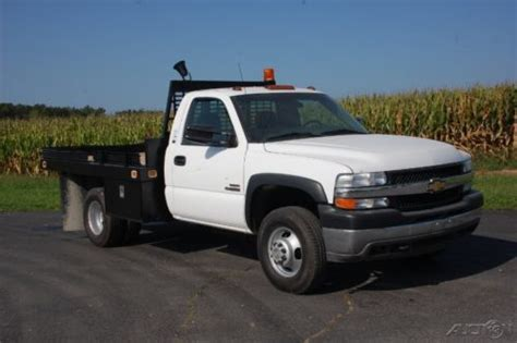 how cars engines work 2002 chevrolet silverado 3500 parental controls sell used 2002 chevy 3500 flatbed duramax diesel turbo 6 6l v8 4wd pickup truck 1 owner in