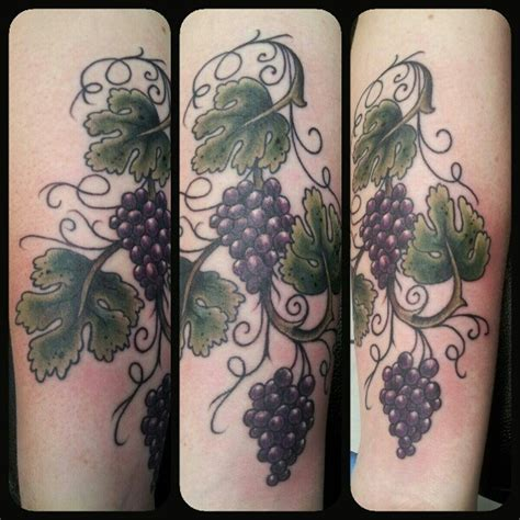 grapevine tattoo designs grape vine tattoos s