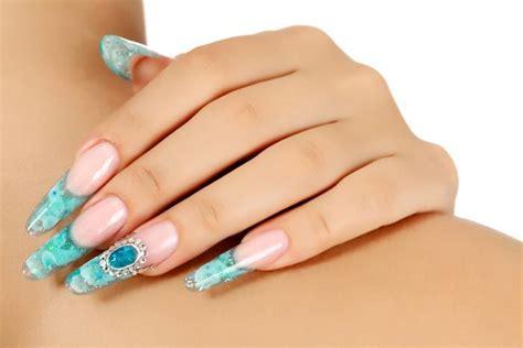 le pour les ongles il faut couper et entretenir ses ongles