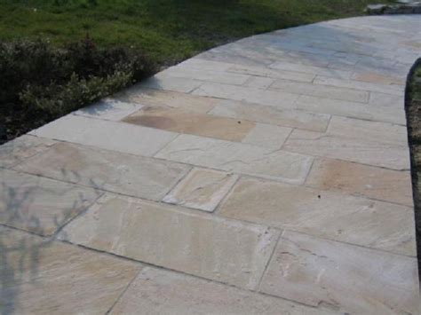 mattonelle per terrazzi esterni prezzi pavimenti per esterni prezzi homeimg it